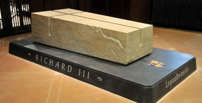 Richard III tomb design by architects van Heningen and Haward (Credit: Leicester Cathedral, http://leicestercathedral.org/about-us/richard-iii/richard-iii-tomb-burial/)